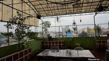 Knysna Residence Manila Outdoor Dining