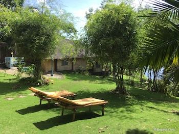 Bohol Lahoy Dive Resort Sundeck