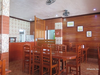 Alona Hidden Dream Resort Bohol Dining