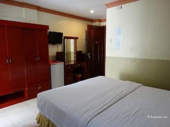 Imperial Ridge Pension House Tagbilaran Guestroom