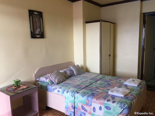 法蘭西斯皇室公寓