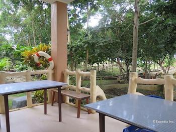 Alexis Cliff Dive Resort Bohol Dining