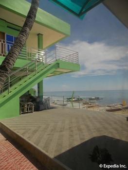 Gt Seaside Inn Oslob Property Grounds