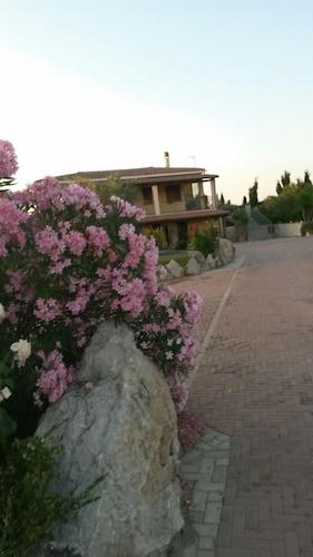 索瑞提納別墅飯店