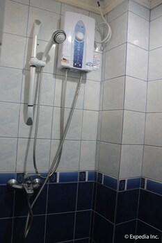 Blue Rock Beach Resort Zambales Bathroom Shower