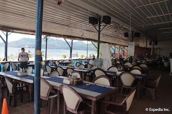 Blue Rock Beach Resort Zambales Restaurant