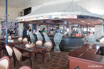 Blue Rock Beach Resort Zambales Hotel Bar