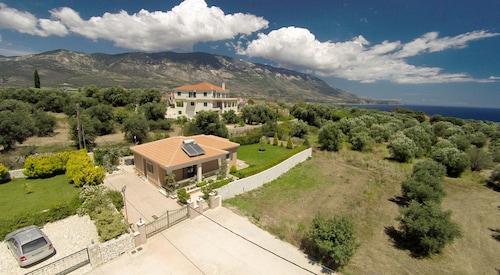Villa Paraspori
