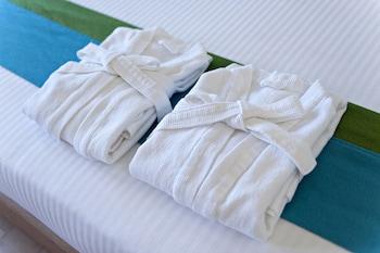 Lime Hotel Boracay Bathroom Amenities