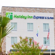 Holiday Inn Express & Suites Charlotte Airport