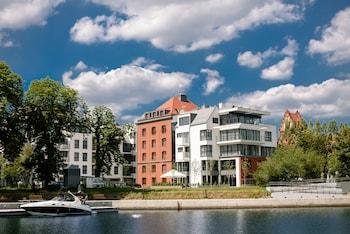 HotelHotel Almond Business & SPA