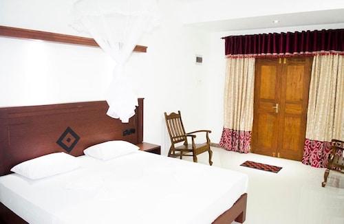 Vista Suwa Arana Resort