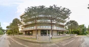 綠松林住宅飯店
