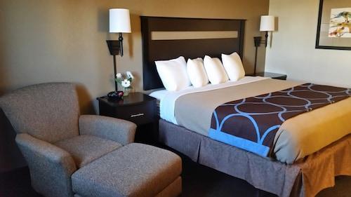 林肯橡樹旅館
