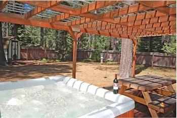 776 Patricia Lane - South Lake Tahoe, CA 96150 - Property Amenity