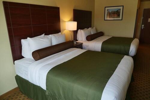 鵝卵石套房飯店 - 哈柏克里奇