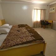 桑佩爾鑽石旅館