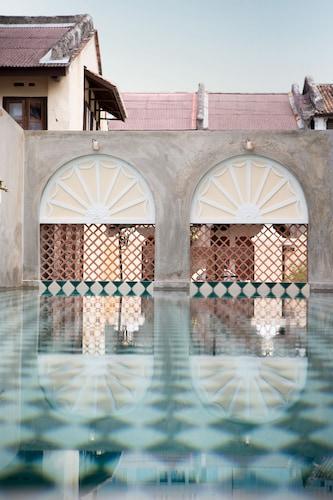 爪夷峇峇孃惹宅飯店