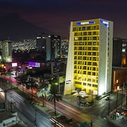 蒙特雷聖赫羅尼莫城市快捷普拉斯飯店