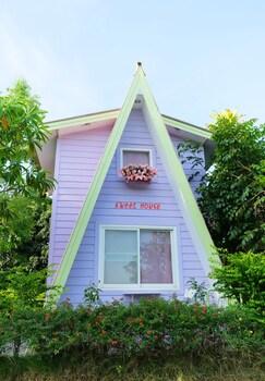 A Houses Homestay
