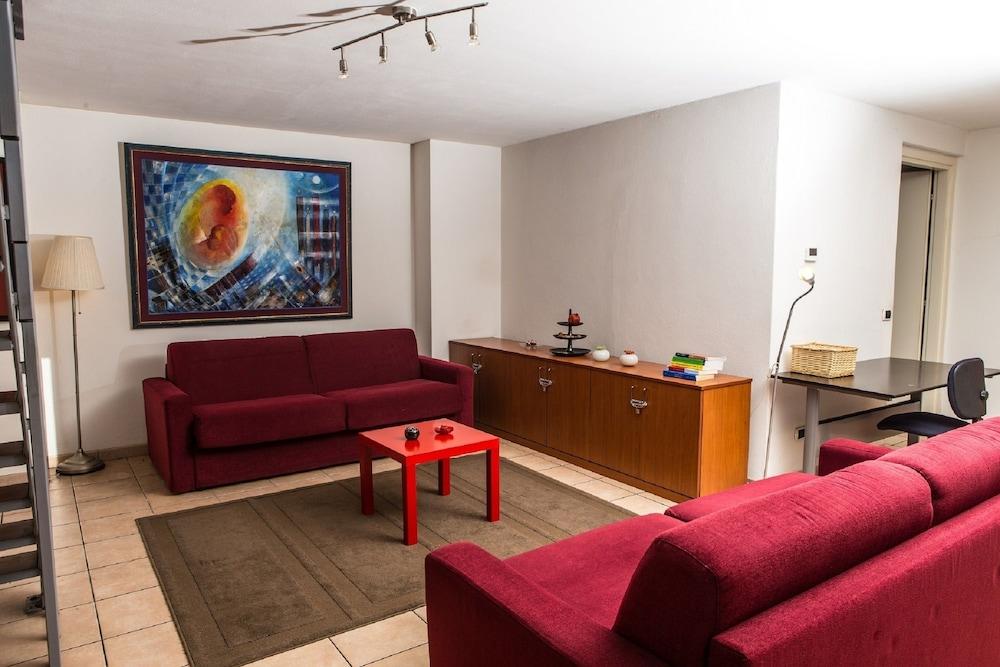Beesprint Milan Apartments Navigli