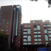 薩宮殿大馬拉德飯店