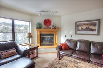 River Mountain Lodge by Vail Resorts - Breckenridge, CO 80424 - Living Area