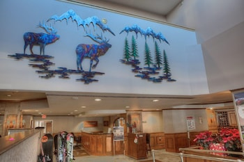 River Mountain Lodge by Vail Resorts - Breckenridge, CO 80424 - Lobby