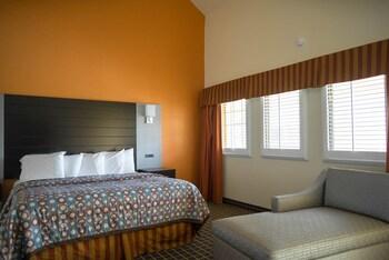 Hotel Solares - Santa Cruz, CA 95060 - Guestroom
