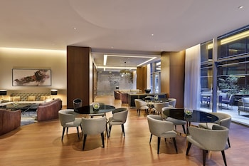 AlRayyan Hotel Doha - Curio, a Collection by Hilton