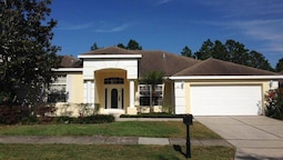 258NH Hambidge Place 4 Br villa by RedAwning