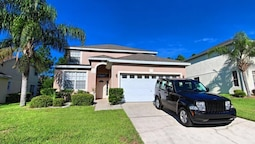 5 Bed 3 Bath Home with Golf Course View by RedAwning