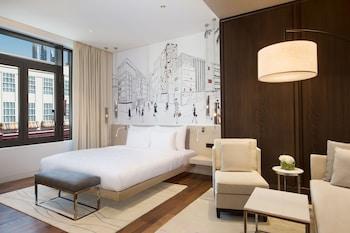 La Ville Hotel & Suites City Walk Dubai Autograph Collection