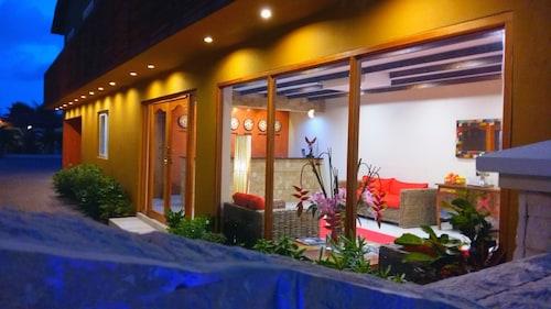多拉多之鷹海灘飯店