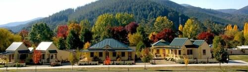 Autumn Affair Cottages