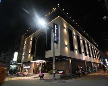 2 ヘブン ホテル ナンポー