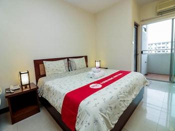 法拉卡農 90 BITEC 尼達飯店