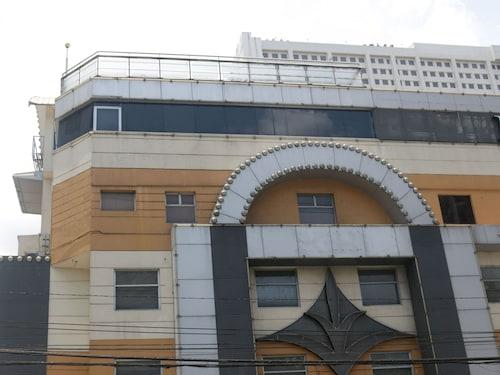 奎松市米斯提克尼達飯店