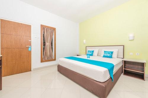 艾里梭羅拉威揚薩曼胡迪 12 號飯店