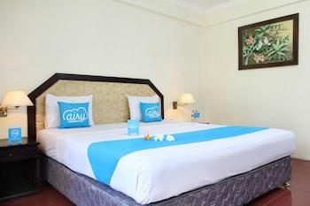 艾里峇里島水明漾皇廷羅威娜飯店