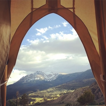 Signature Tent, 2 Full Beds, Non Smoking, Mountain View