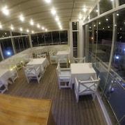 阿肯碼頭飯店 - 僅限成人入住