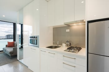 Melbourne Short Stay Apartments Lonsdale