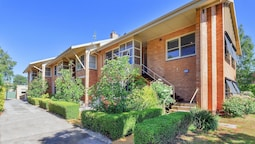 Lake Wendouree Apartments on Grove St