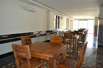 Ivanka Airport Inn
