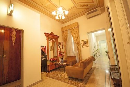 艾爾 BJ 威托里亞飯店