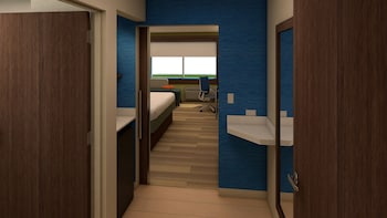 Holiday Inn Express & Suites East Peoria - Riverfront - East Peoria, IL 61611