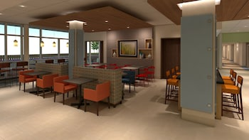 Holiday Inn Express & Suites East Peoria - Riverfront - East Peoria, IL 61611 - Lobby