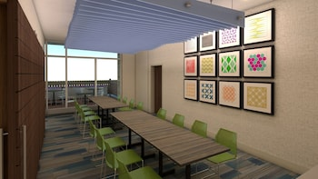 Holiday Inn Express & Suites East Peoria - Riverfront - East Peoria, IL 61611 - Meeting Facility