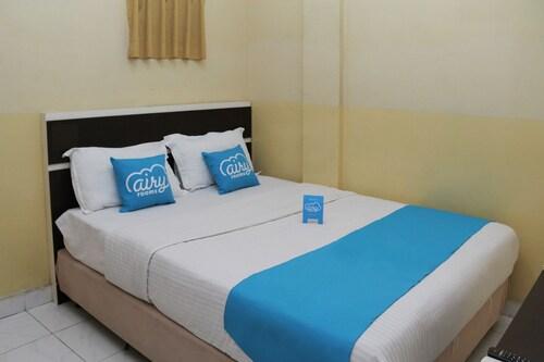艾里棉蘭新市場長海峽 11 號飯店